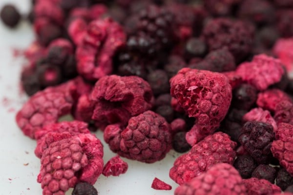 Dehydrated raspberries