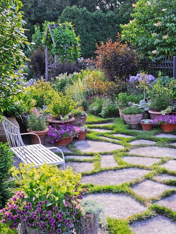 Stone base garden