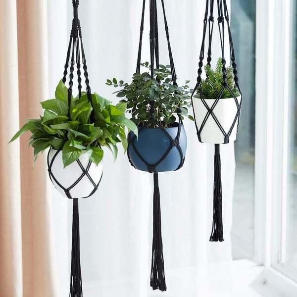 Macarame plant hanger