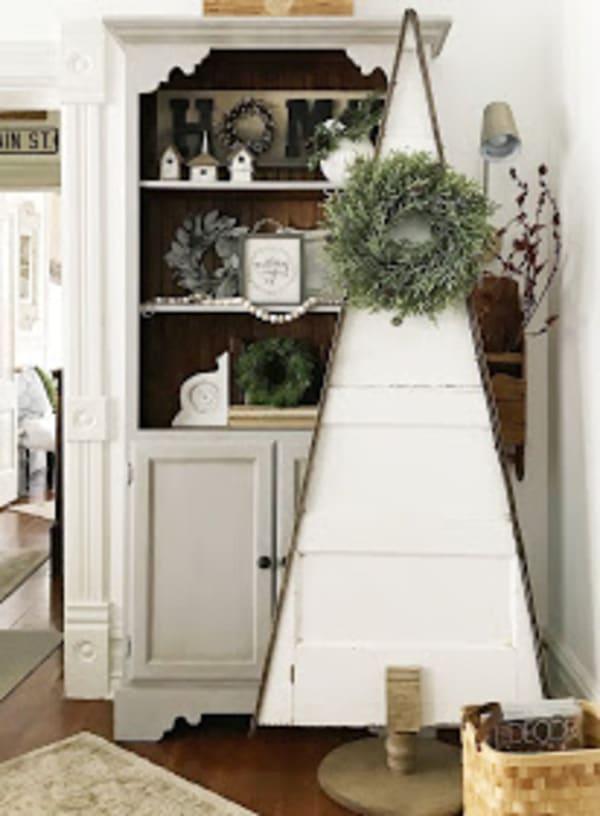 White door Christmas tree