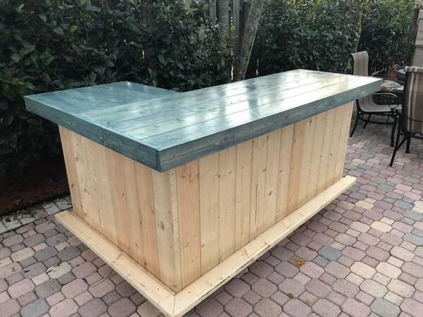 Blue top wood l shape bar