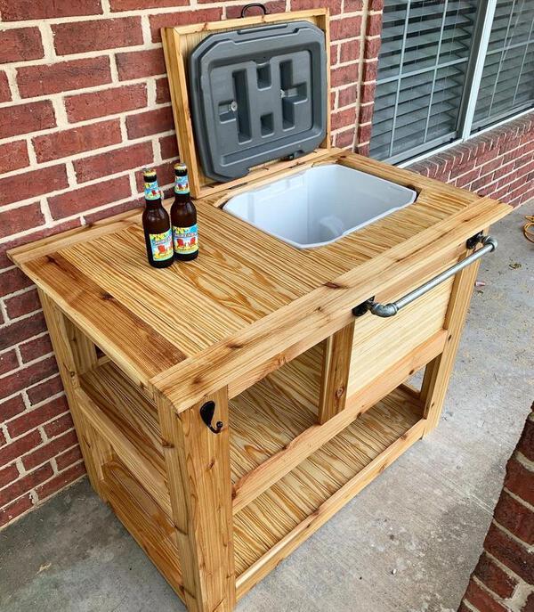 Cedar cooler chets and bar