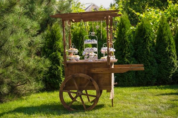 Rolling wood cart