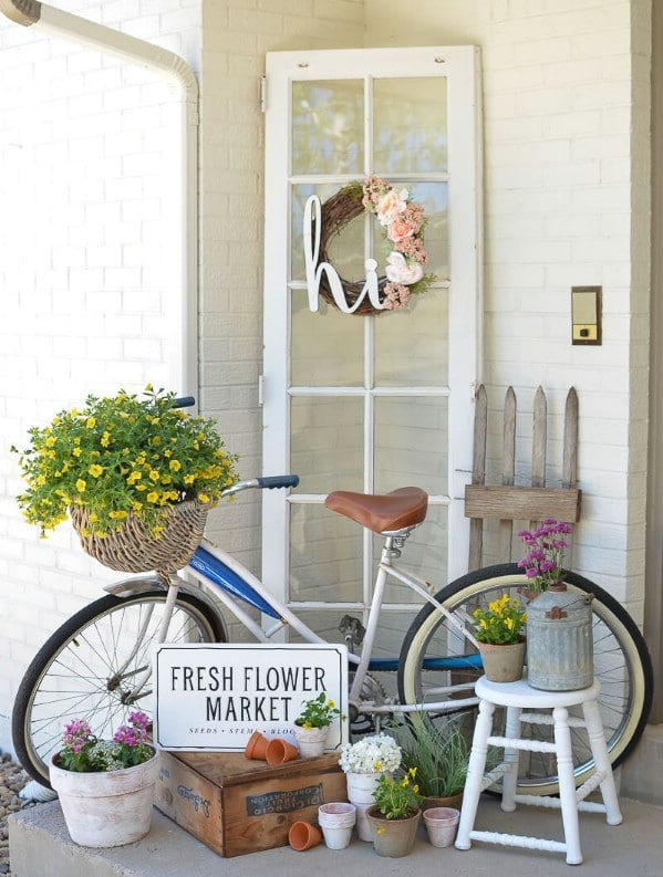Vintage bicycle and window