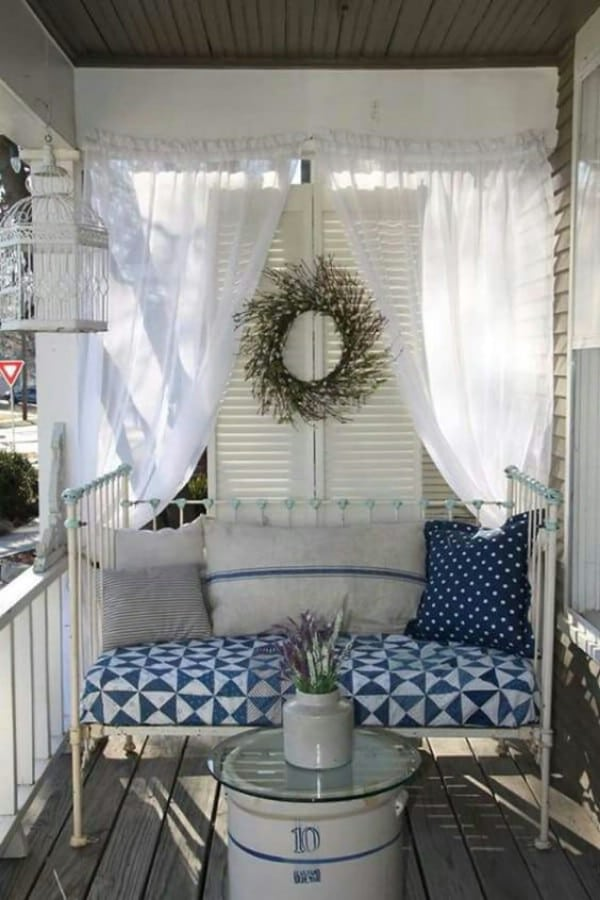 Daybed porch couch