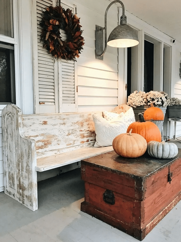 Wreath on shutter