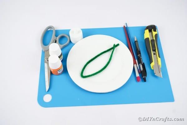 Paper plate pumpkin supplies