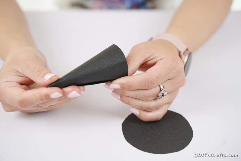 Gluing paper cone to paper circle
