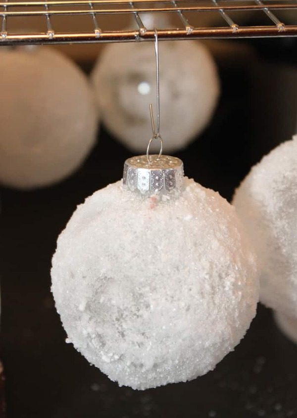 Close picture of snowball ornament