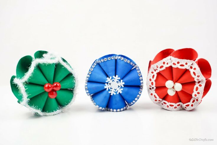 Cute DIY Paper Christmas Ornaments for Winter