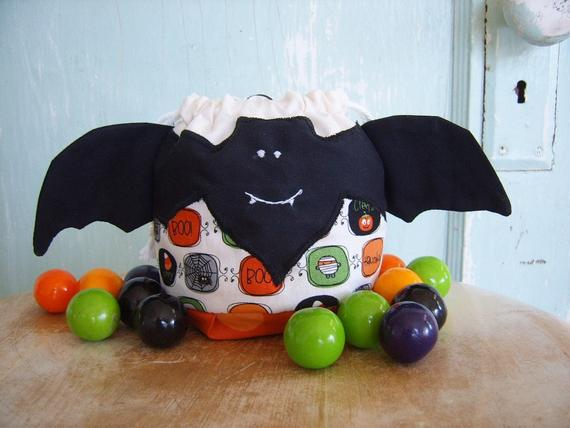 PDF SEWING PATTERN Halloween Beau Bat Treat Bag | Etsy