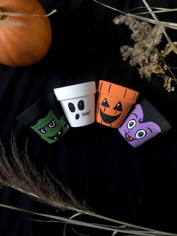 Little monsters Halloween inspired hand painted clay flower | Etsy