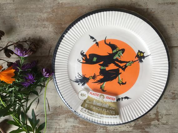Vintage Reed's Rembrandt Witch Paper Plate