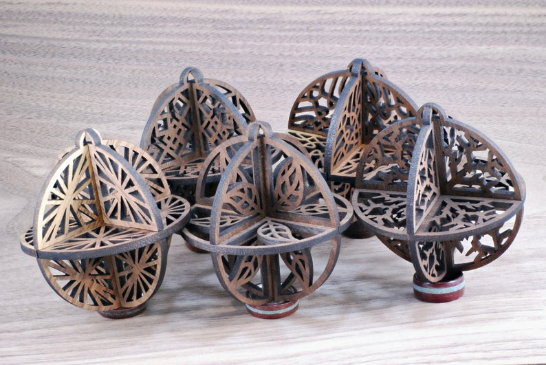 "Five 3D Christmas Ornaments ""Fireworks, Knots, Leaf, Shard, Squares"" 3mm (1/8 inch)"