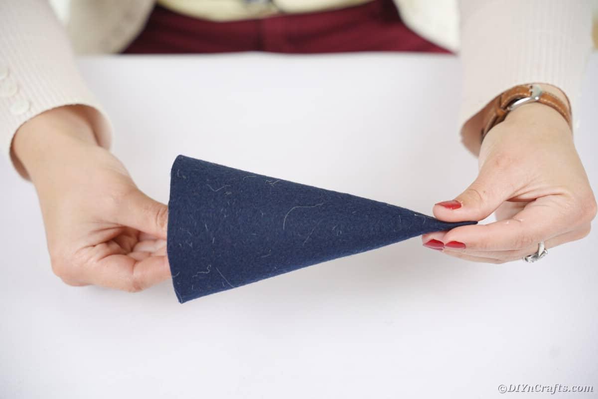 Making felt cone