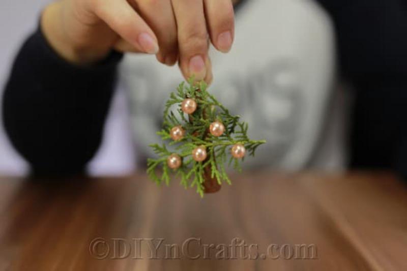 Greenery ornament tree