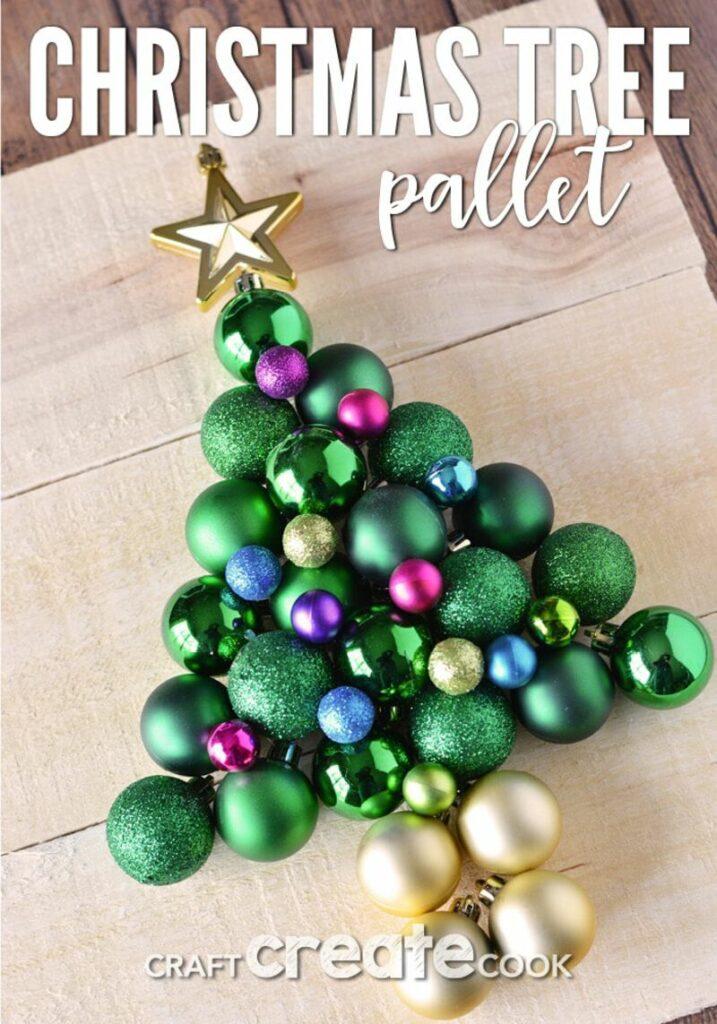 Pallet ornament tree