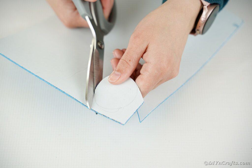 Schaumstoffpapier schneiden