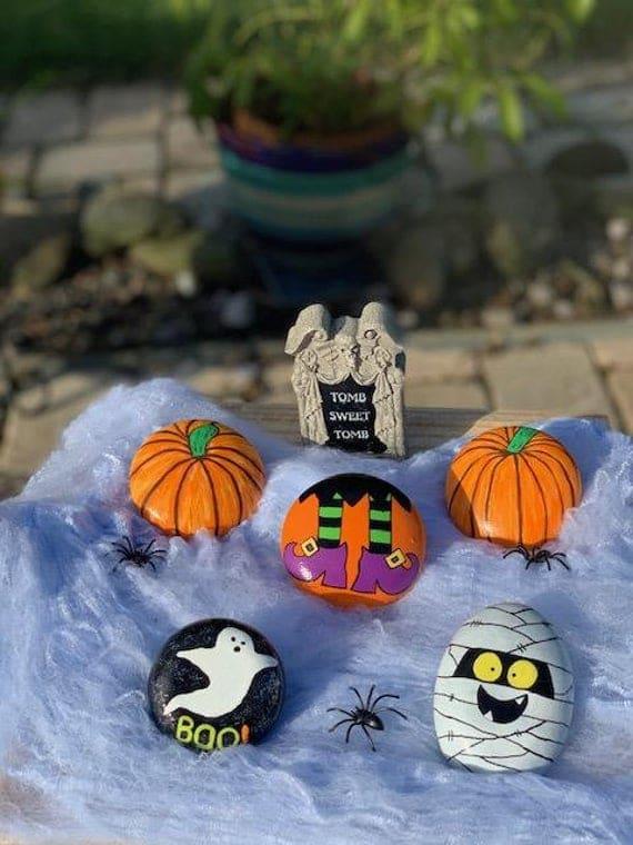 Halloween Spooky Mini Hand Painted Hand Molded Rocks Home | Etsy