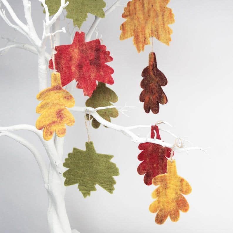 Autumnal Leaf Decorations - 5 Pack