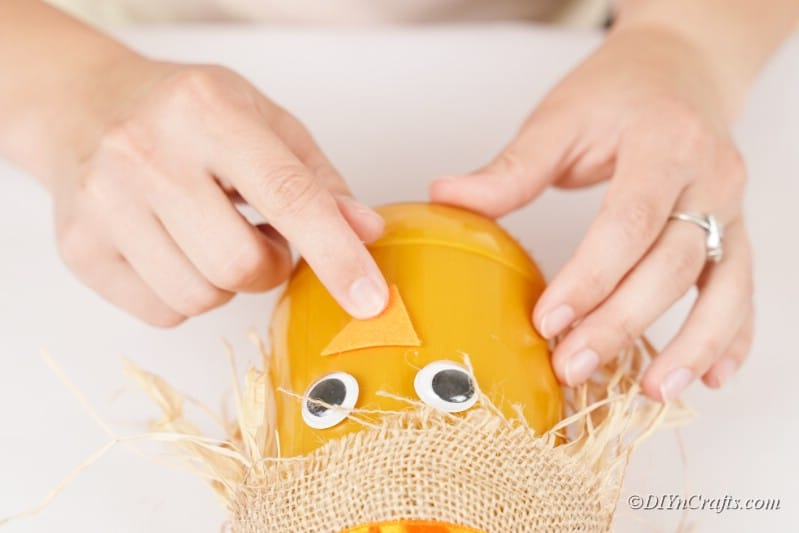 woman finger craft nose scarecrow jar