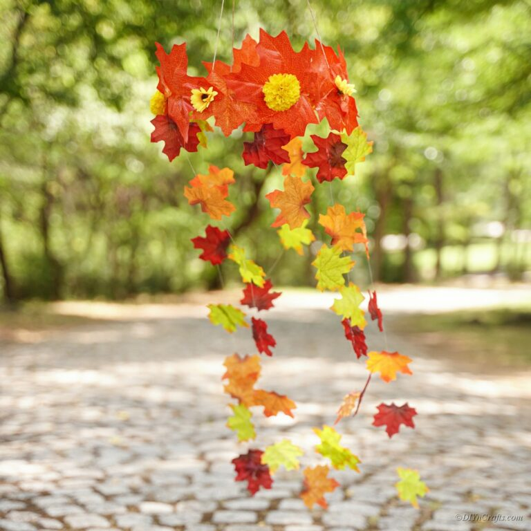 Gorgeous Autumn Leaf Wind Fall Craft Tutorial