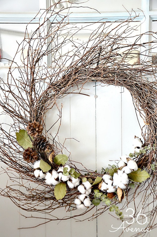 Grapevine wreath with cotton