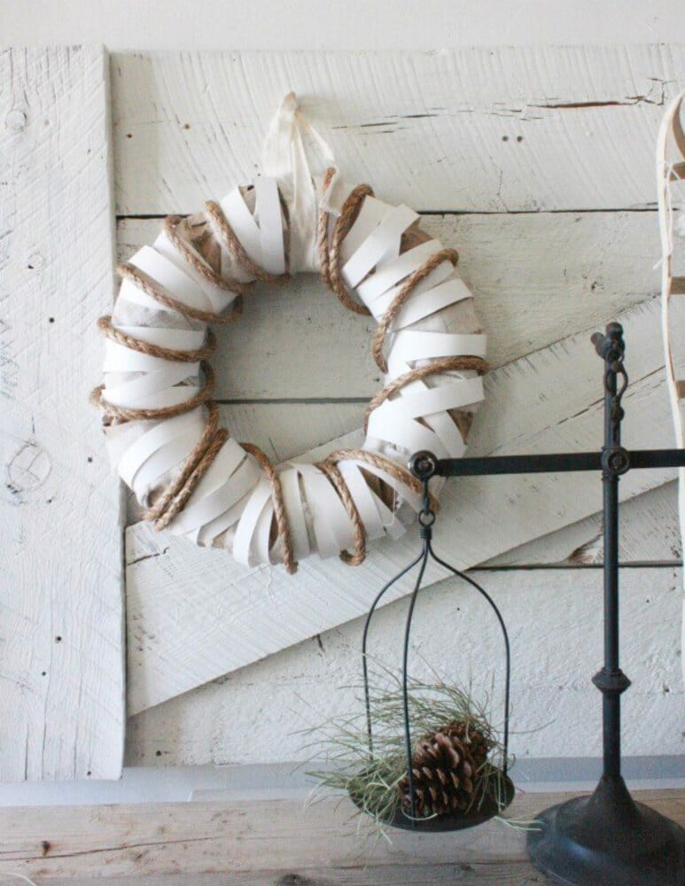 White and brown wreath