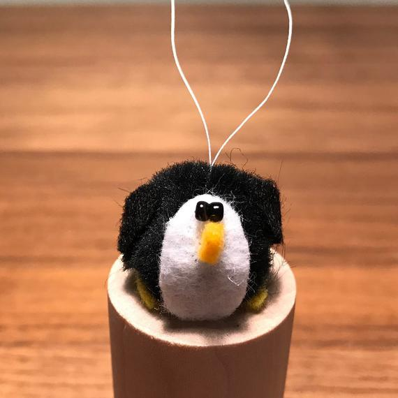 Pom Pom Penguin | Etsy