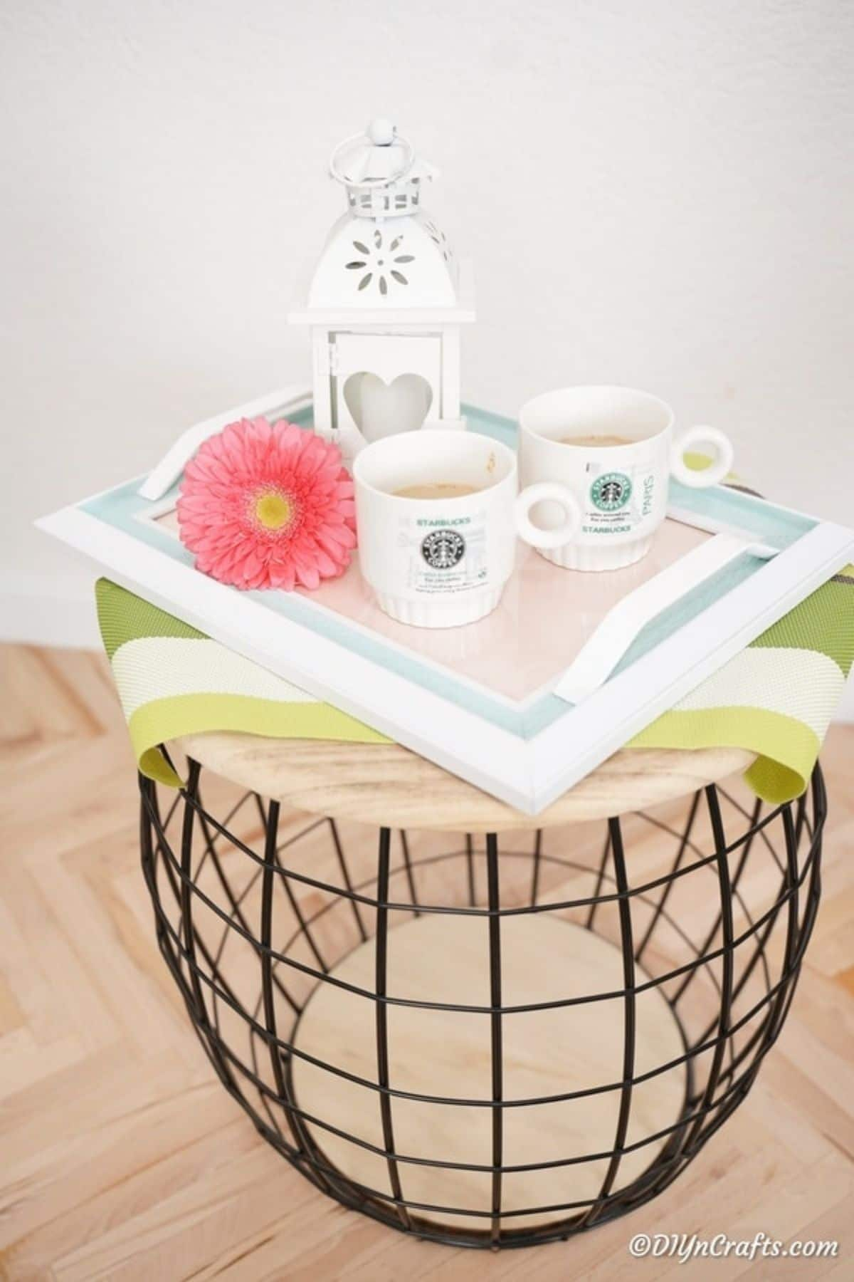 Tray on basket table