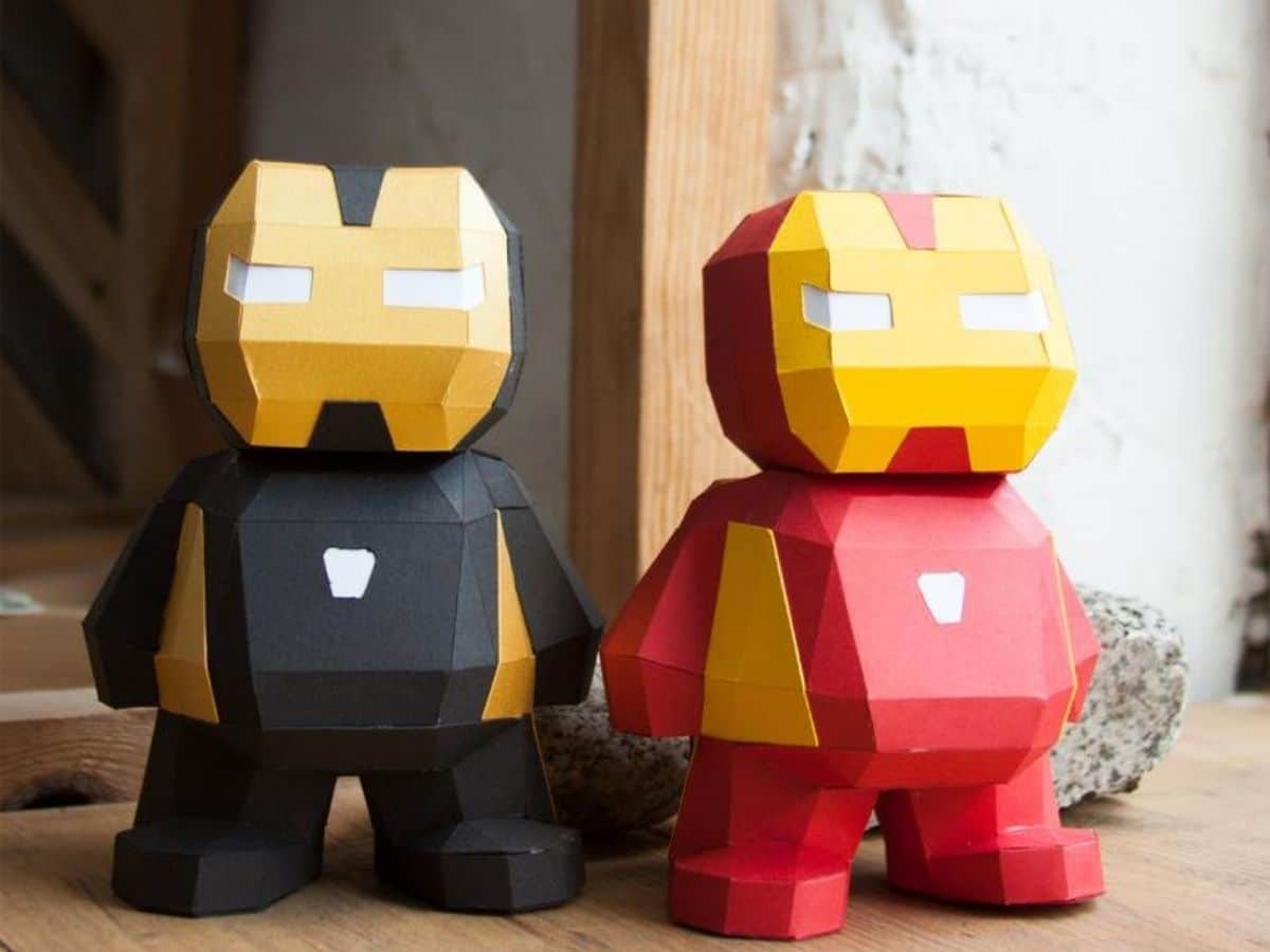 Iron man paper figures