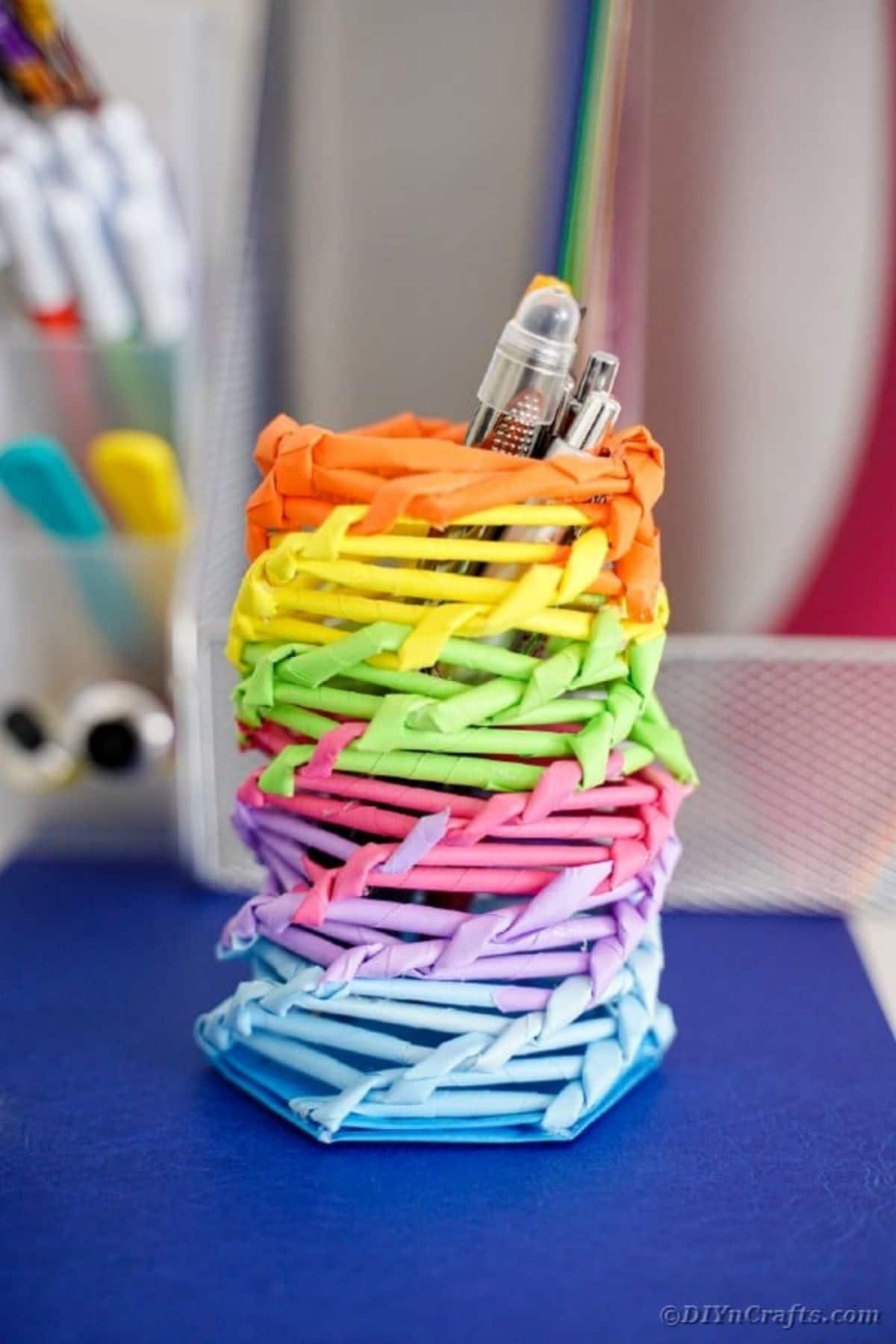 Rainbow container