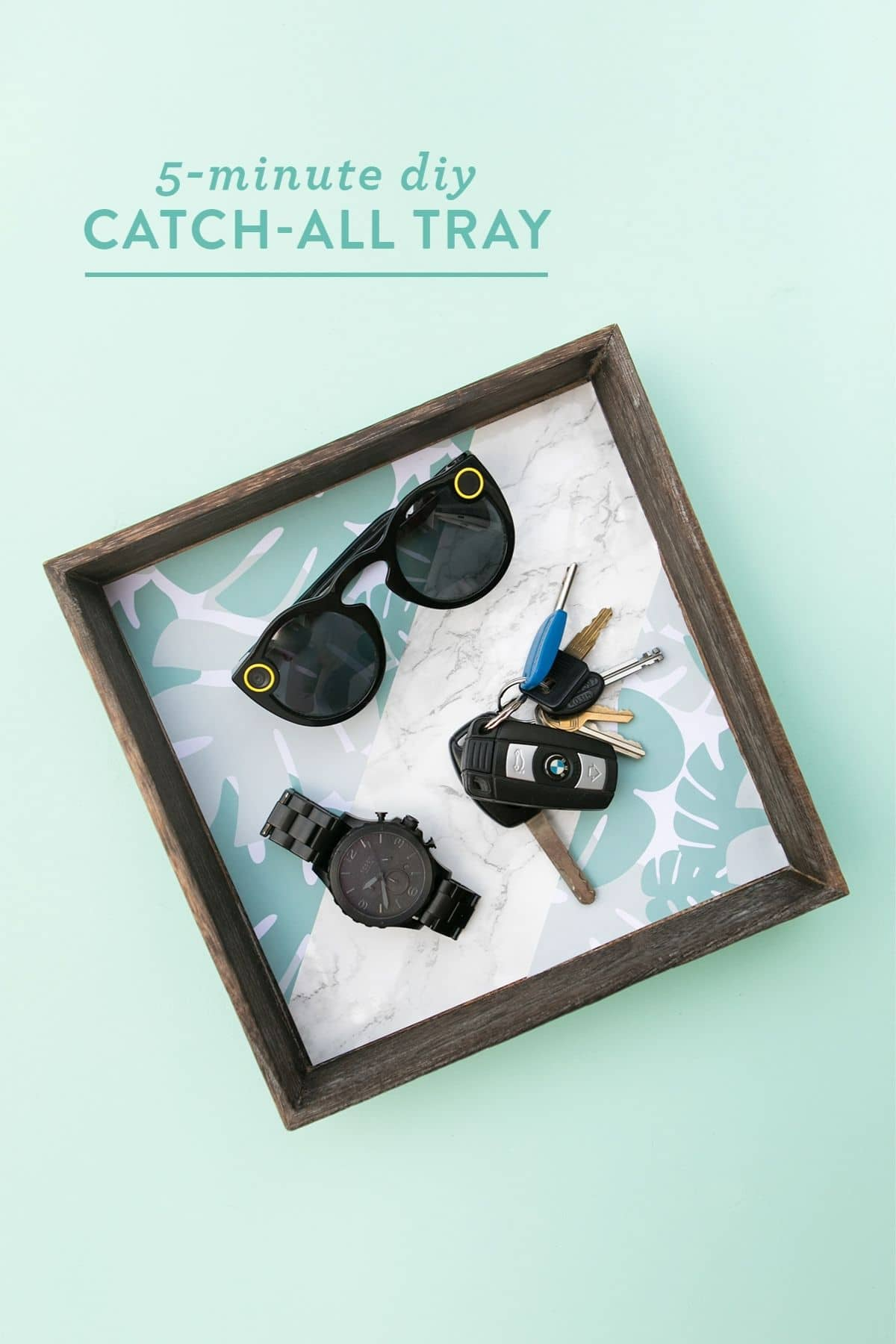 Square tray with sunglasses