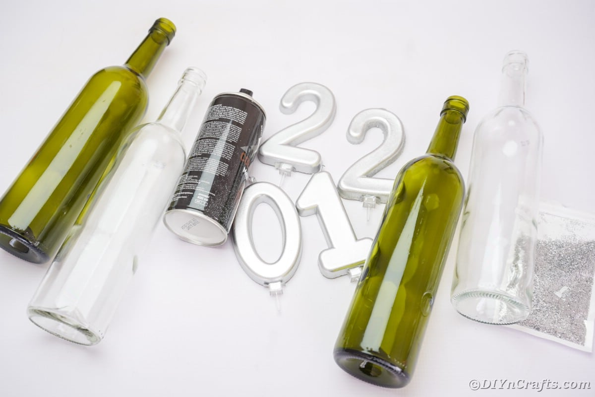 Supplies for new year's eve wine bottle decoration