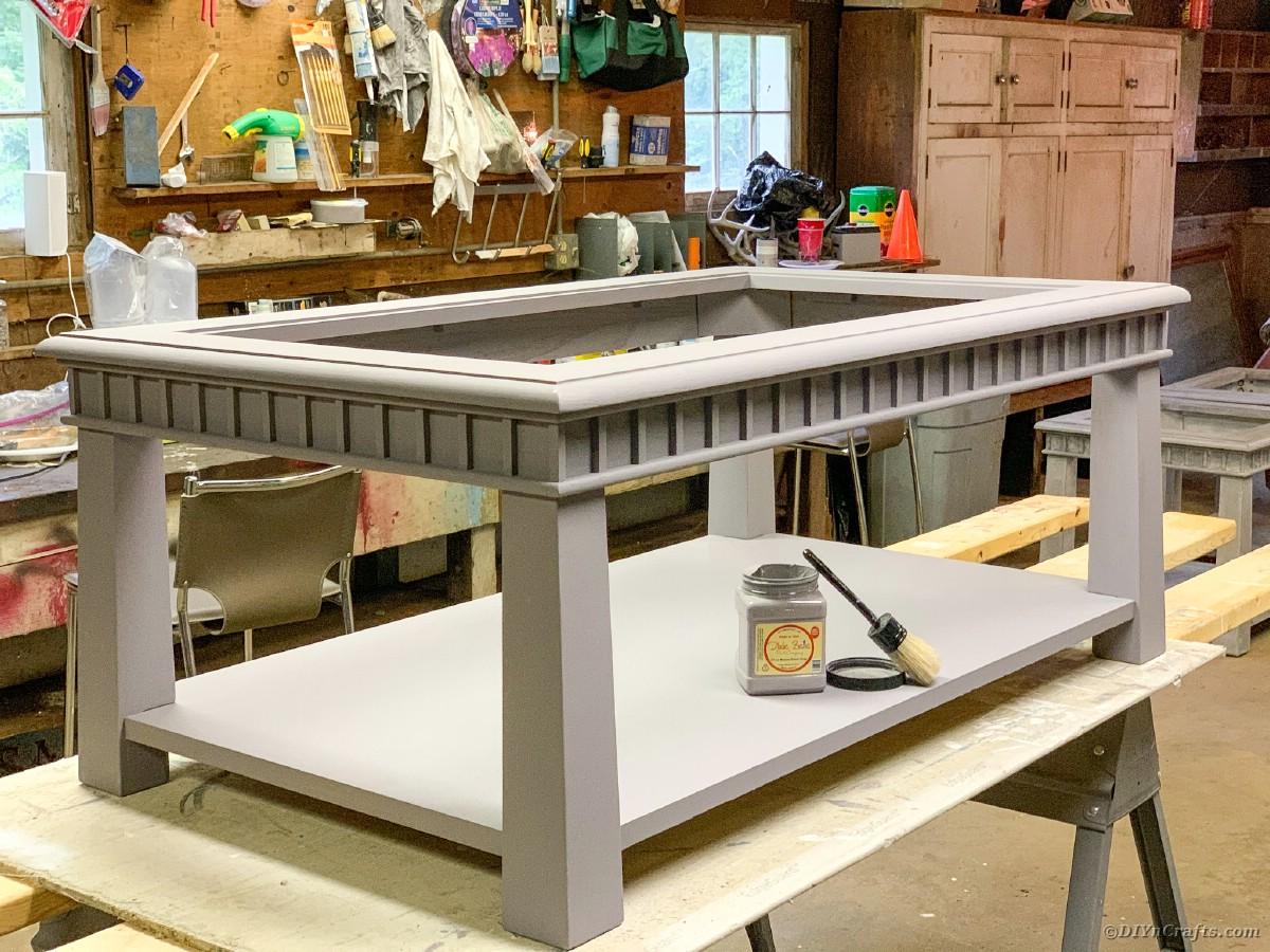 Waxing table