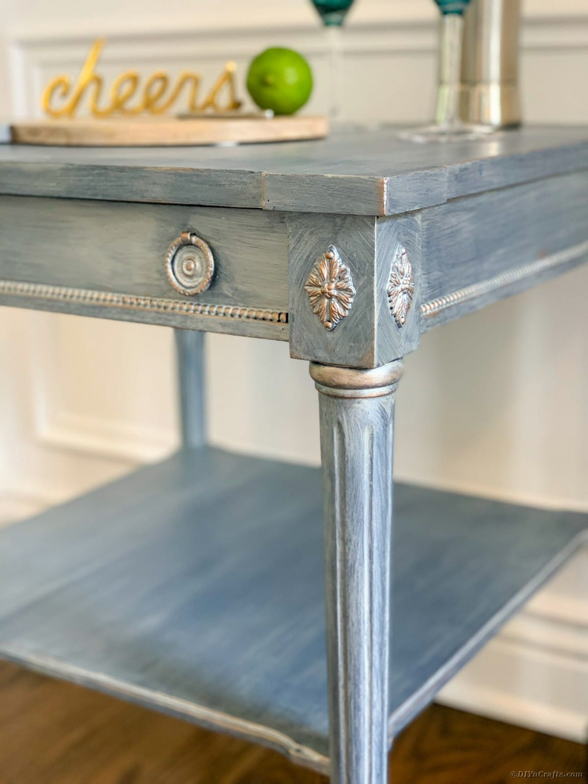 Side table details