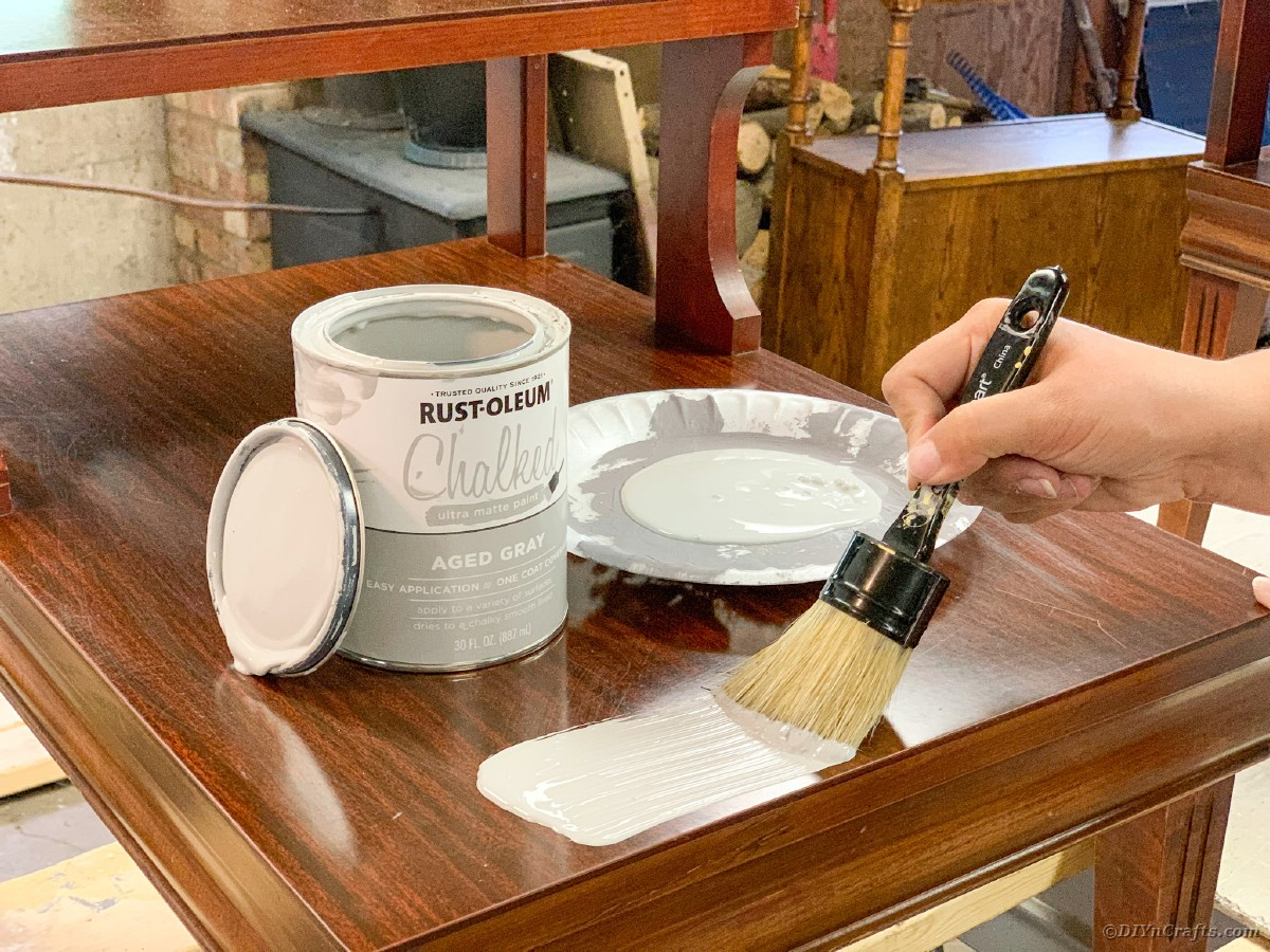Painting table