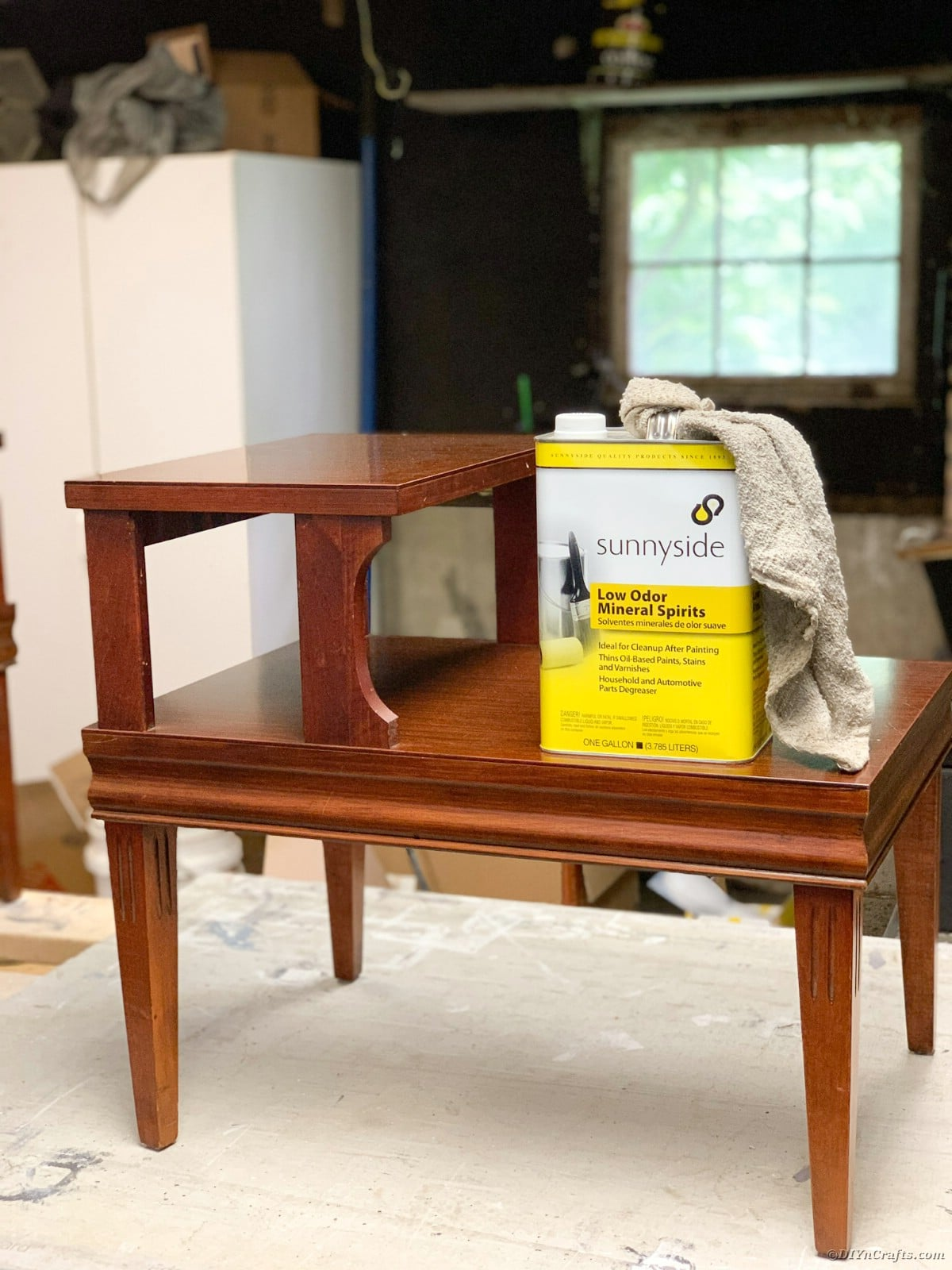 Wiping table with mineral spirits
