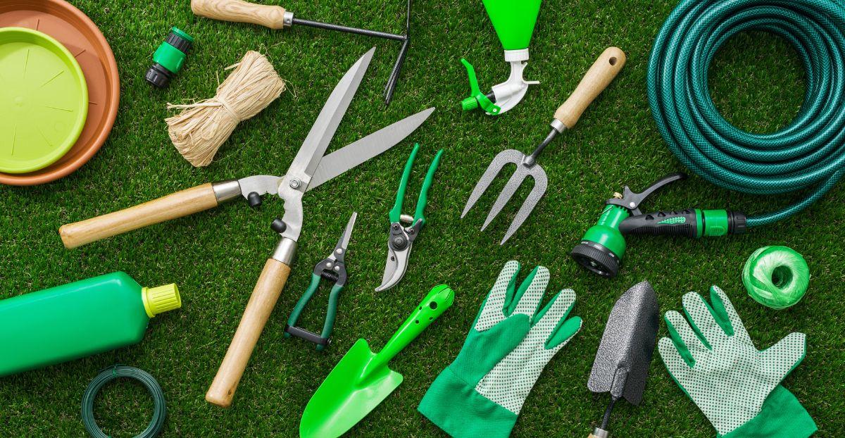 green gardening tools