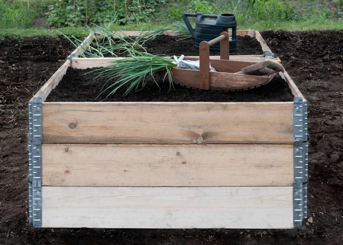 wood raised bed ready for planting