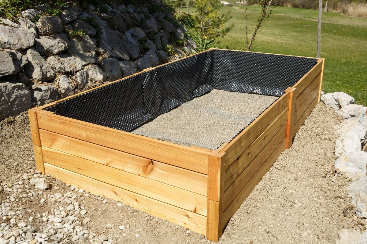 finished empty wooden raised bed