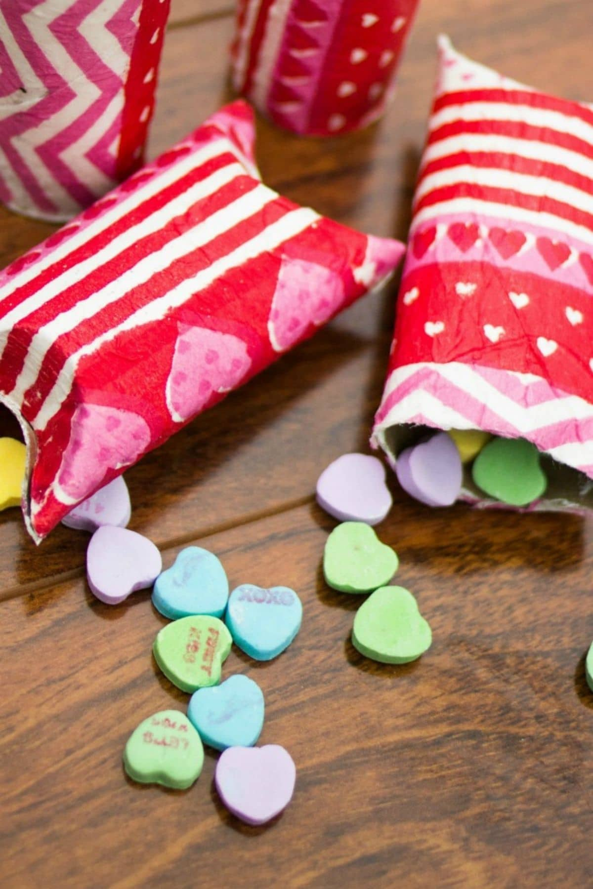 Candy treat pillow box