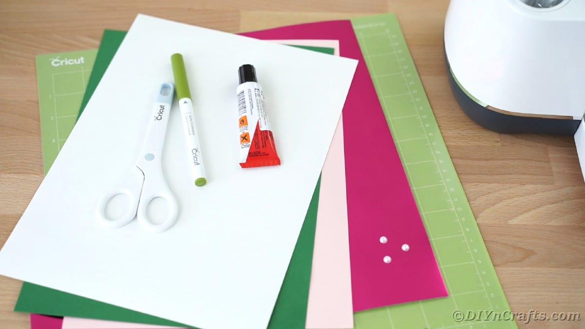 Supplies for making a mother's day card with a Cricut