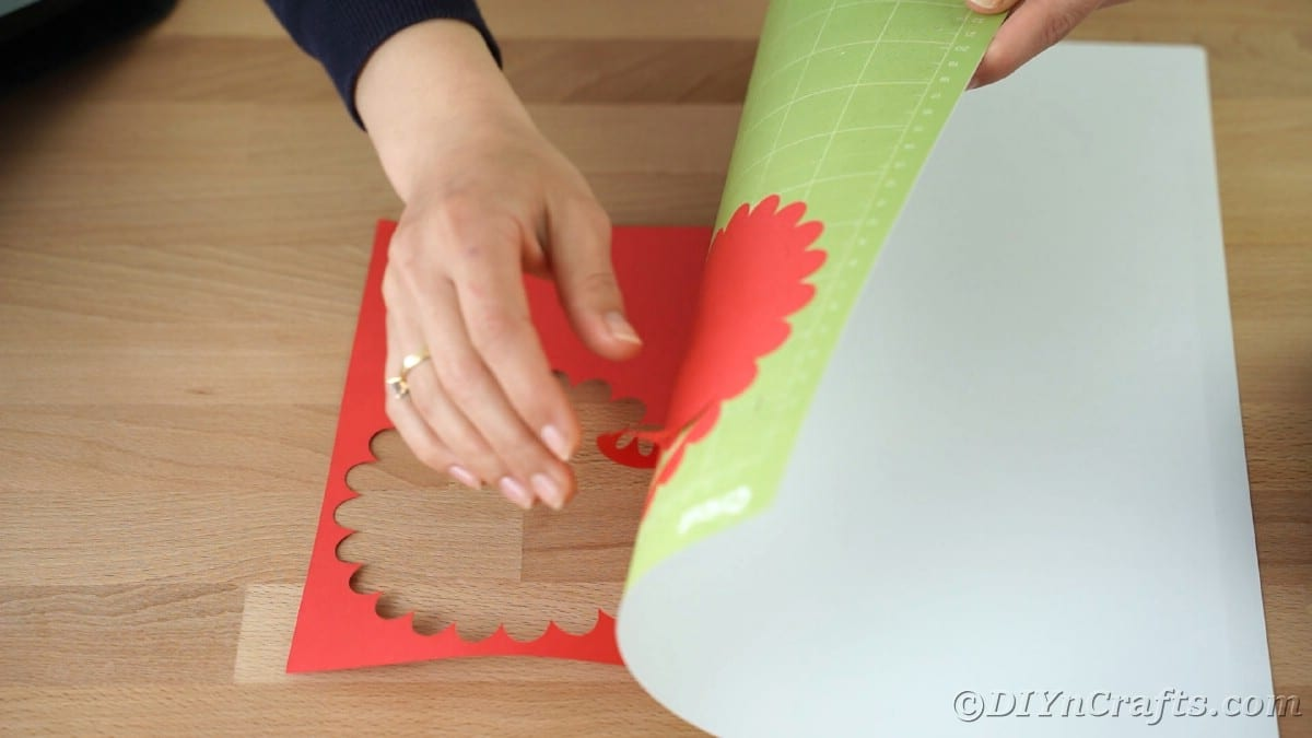 Removing excess paper from Cricut mat