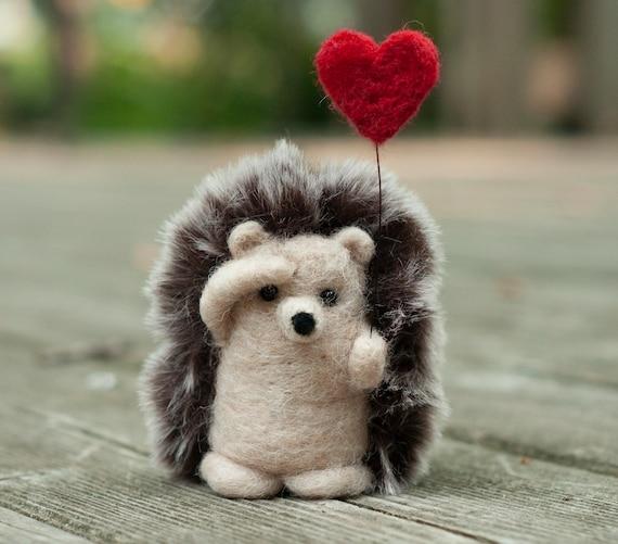 Needle Felted Hedgehog Holding Heart Balloon | Etsy