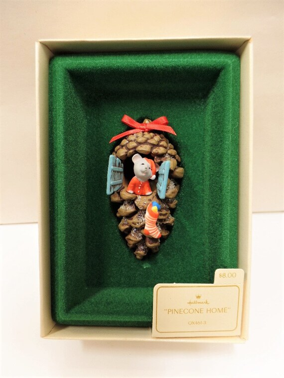 Hallmark Pinecone Home Christmas Ornament 1982 NOS Mouse in Pinecone